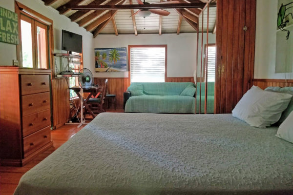 Peaceful-Cottages-Villa-Two-Inside-03